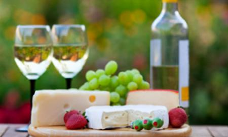 Amish Country Wine & Cheese Package